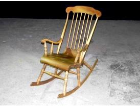 Кресло-качалка из берёзы