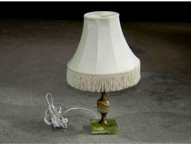 Настольная лампа на ножке из алебастра