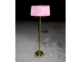 Põrandalamp messingist jalaga ja roosa lambivarjuga